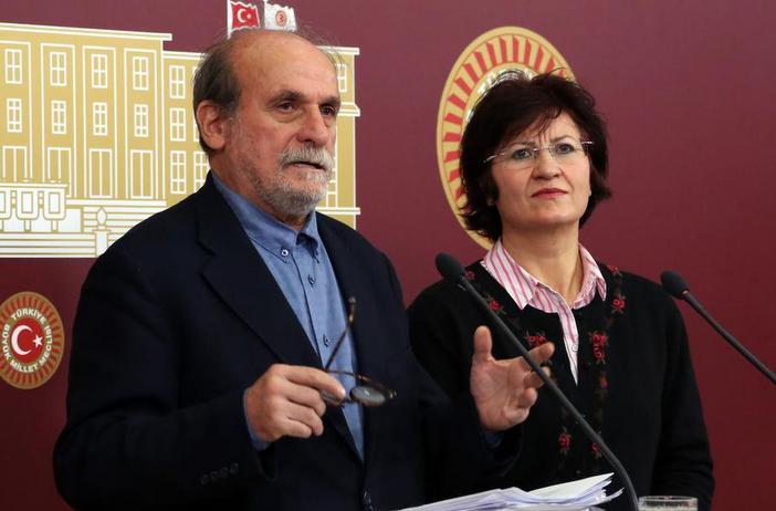 Kürkçü: Bakanlar Kurulu toplantısı bir gösteriden ibaret