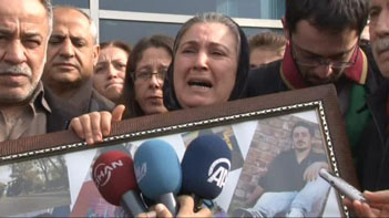 "Korkmaz's lawyer: ""Those who kicked Ali İsmail to death were awarded here today"""