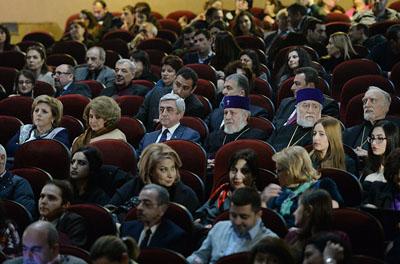 Ermenistan Devlet Başkanı Serj Sarkisyan da filmi izledi.
