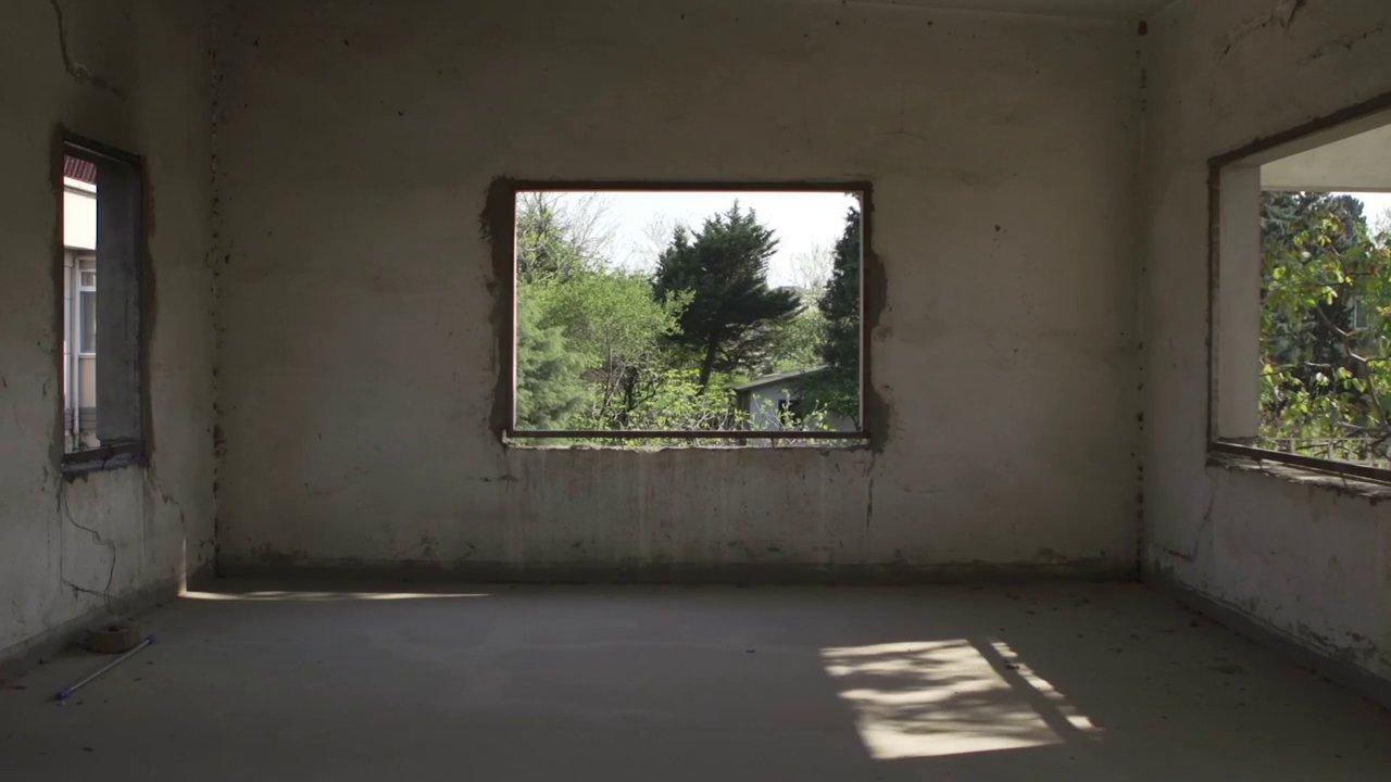 Artür Sukiasyan'ın Tuzla Kampını anlatan 'Bizim Atlantis'imiz' belgeseli 20 Şubat'ta Fitaş'ta.
