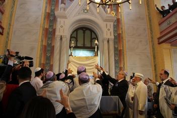Büyük Edirne Sinagogu'nda yıllar sonra ilk sabah duası
