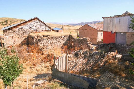 Pokr Armıdan'da bulunan eski bir Ermeni evi.