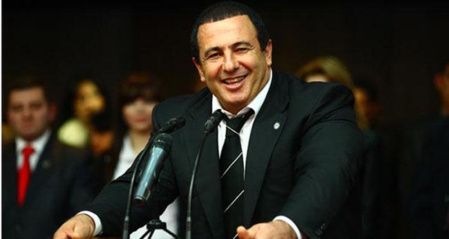 Ermenistan muhalefet partisi lideri politikayı bıraktı