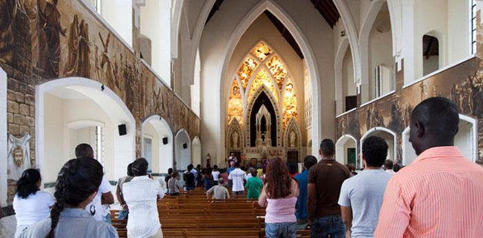 Küba'da 56 yıl sonra ilk kilise