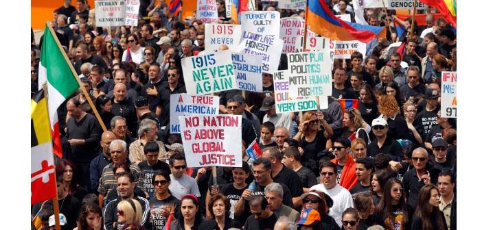 Toronto'da 5 bin kişi Soykırım için yürüdü