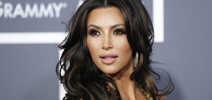 Kim Kardashian Ermenistan'a doğru yola çıkıyor