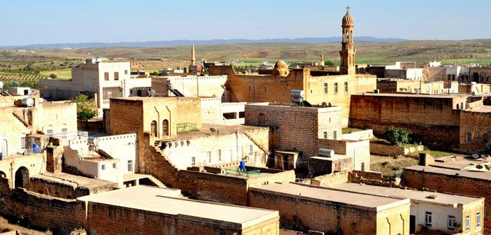 Midyat'taki Süryani ve Ezidilerin mülkiyet çilesi devam ediyor