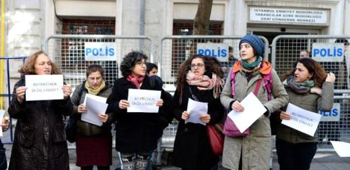 """""""Hürriyet göçmen kadınlardan özür dilesin"""""""