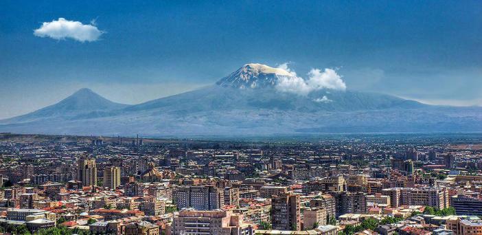 """""""Ararat bizim taraftan daha güzel görünüyor"""""""