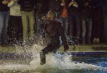 Kanye West'ten Yerevan'da sürpriz konser