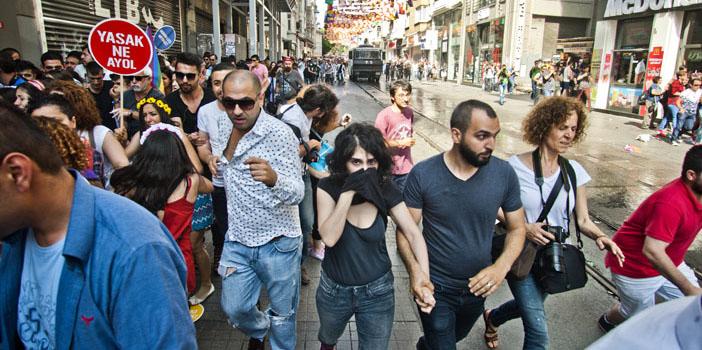 Onur Haftası Komitesi'nden kamu görevlilerine suç duyurusu