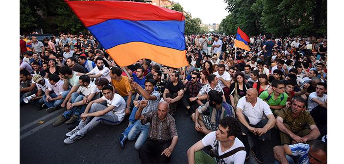 Ermenistan ayakta: Ne kadar sularsanız, o kadar çoğalacağız