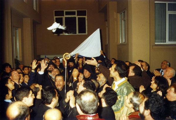 1998 Patrik seçiminden (Agos arşivi)