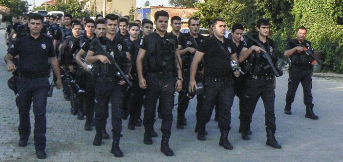 Polisin tutumu Romanları rencide etti