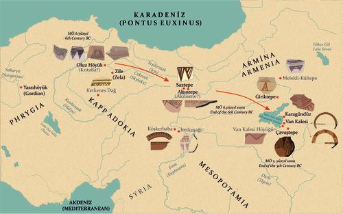 Doğu Anadolu Yaylası'nda gerçekleştirilen 'Kızılırmak Yaylası Demir Çağı göçlerinin' önemli kanıtları, üçgen motifli boya bezemeli çanak çömlek grupları