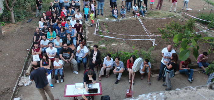 Kamp Armen direnmeye devam ediyor