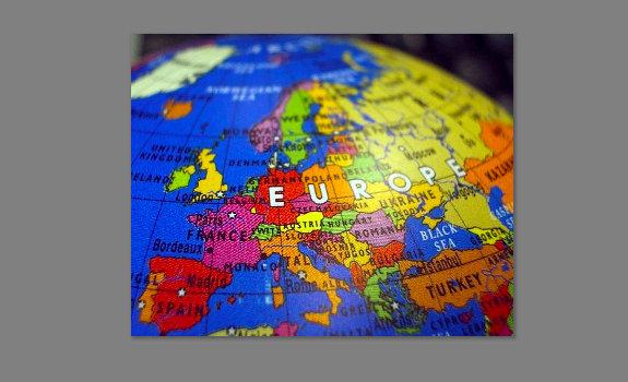 Avrupalı Yahudiler, Ermeniler ve Romanlar işbirliği yapıyor