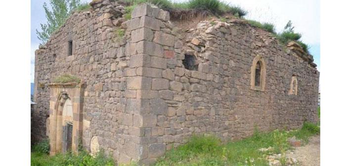 Surp Kevork Kilisesi restorasyon için onay bekliyor