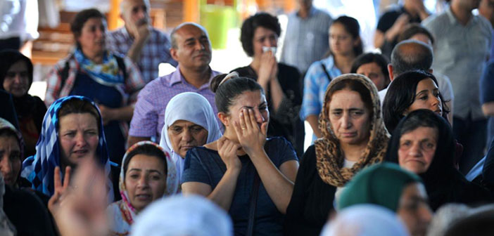Saldırıda hayatını kaybeden 30 kişinin isimleri belirlendi