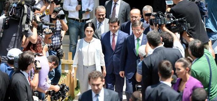 Davutoğlu: HDP'nin tutumunun değiştiğini gözlemledim
