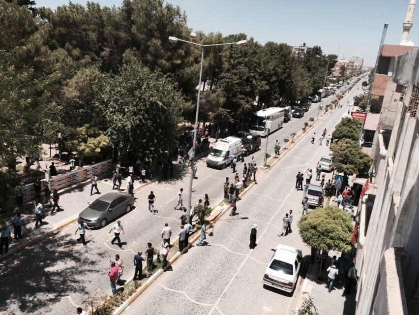 Suruç'ta patlama: Ölü ve yaralılar var