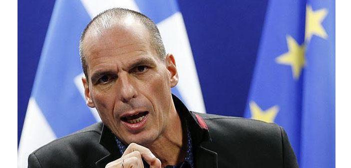 Maliye Bakanı Varufakis istifa etti