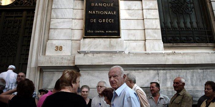 Yunanistan halkı bölündü