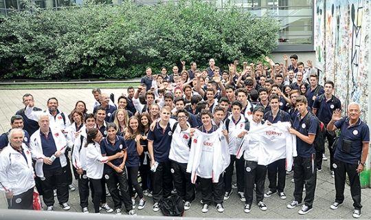 120 kişilik bir ekiple oyunlara katılan Türkiye takımı, 1 altın, 6 gümüş, 4 de bronz olmak üzere, 11 madalyayla katıldığı dallarda başarılı sonuçlar elde ederek İstanbul'a döndü.