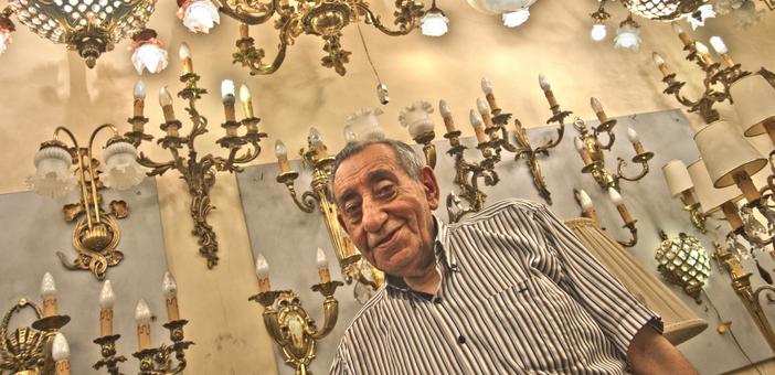 58 yıllık avize ustasıyla geçmişe yolculuk