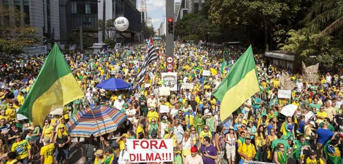 Brezilya yolsuzluğa karşı ayakta