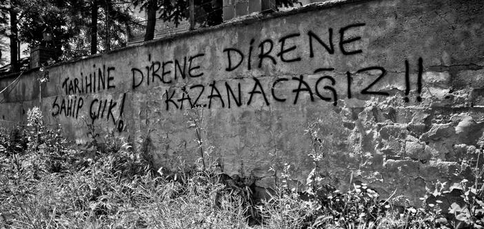 Kamp Armen ruhu dirildi, mekânını sahiplendi