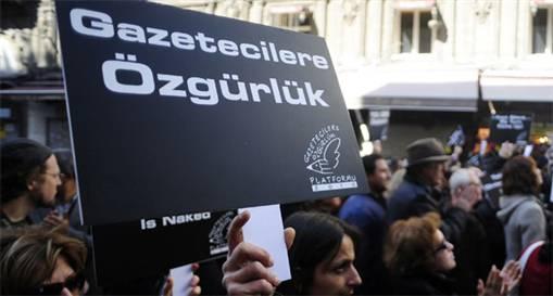 40 günde 20 gazeteci işten çıkartıldı