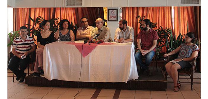 Gazeteciler, sansürün kaldırılışının yıldönümünde erişim engelini kınadı
