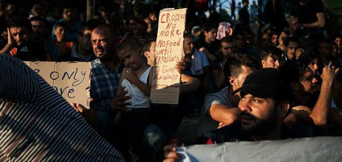 Göçmen Dayanışma Ağı'ndan eşzamanlı eylem: Sınırları açın!