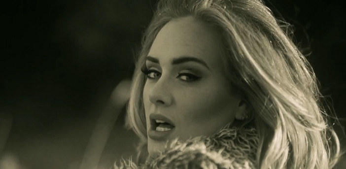 'Hello' demenin Adele hali!