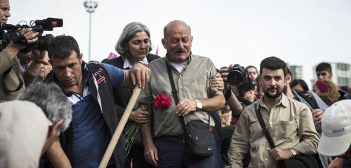 Türkiye cenazelerini uğurluyor