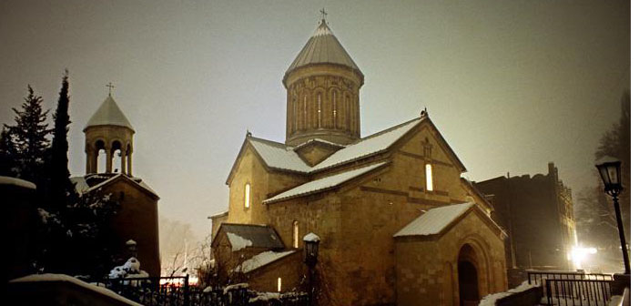 Armenian Churches in Georgia will be heated by Azerbaijan
