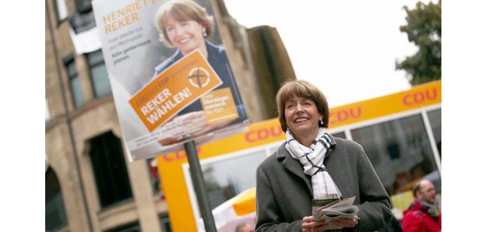 Irkçı saldırıya uğrayan Reker, artık Köln Belediye Başkanı