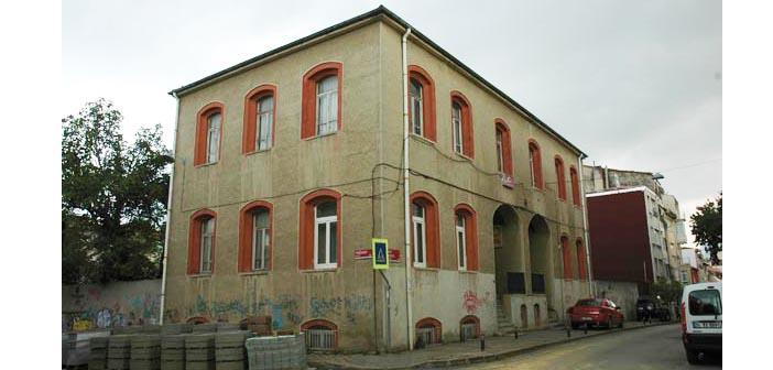 Nersesyan Yermonyan belediyeye kiralandı