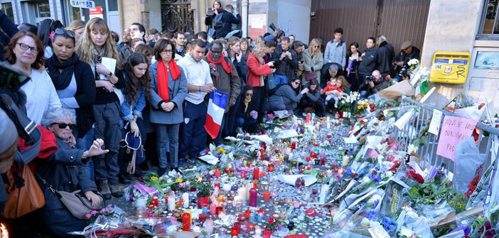 Paris massacre: raids to 150 places, parliament to gather