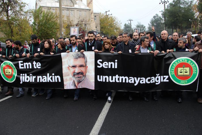 "Funeral of Tahir Elçi: ""Victims of unidentified murders will welcome him"""