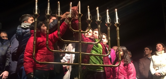 Hanukah celebrated on the street for the first time