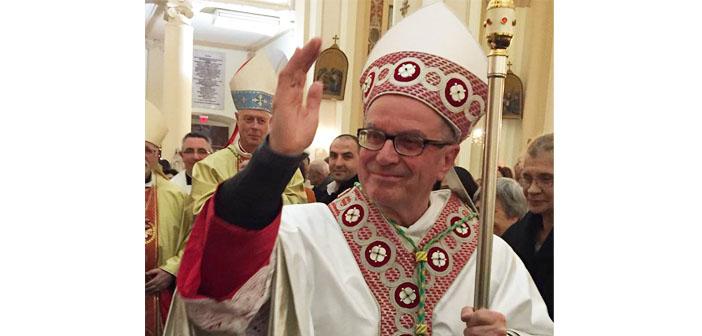 İzmir'in yeni Katolik Başepiskoposu Piretto takdis edildi