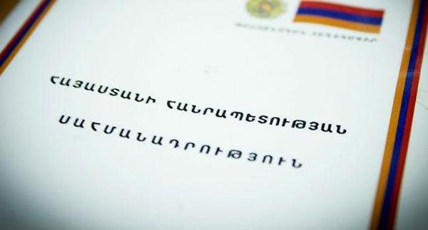 Ermenistan'da kritik referandum