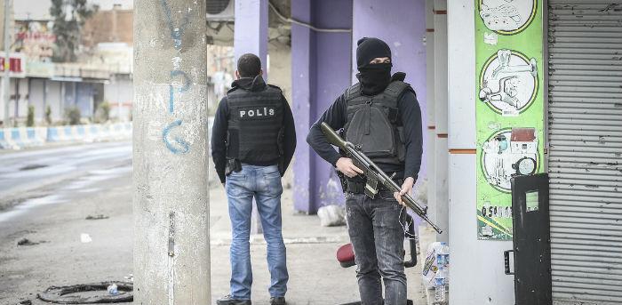 Cizre'de sokağa çıkma yasağı kısmen kaldırıldı