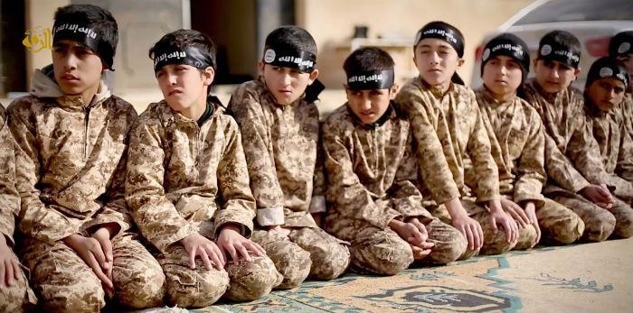 IŞİD'in 'asker' çocukları