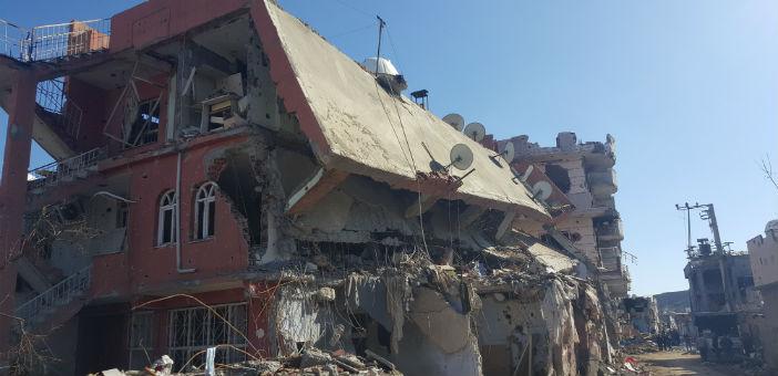 Cizre'de 10 bin ev hasarlı