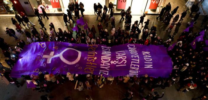 Kadınların gece yürüyüşü bugün 19.00'da Taksim'de