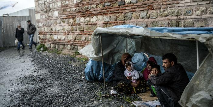 Af Örgütü: Türkiye mültecileri Suriye'ye geri gönderiyor