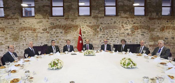 Yalçın Akdoğan'la buluşmada cismani meclis fikri öne çıktı